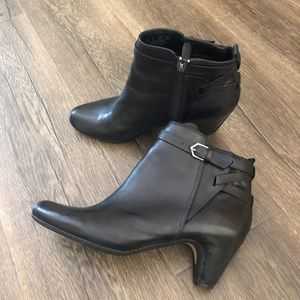 Sam Edelman Maddox Black Ankle Booties SZ 7.5
